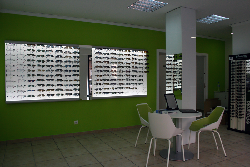optica en burjassot colon 84
